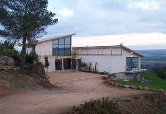 HOUSE PUNTIRO